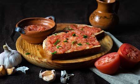 Overheerlijk zuiders gerecht: Pan con Tomate Catalan